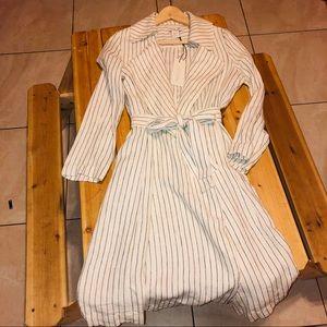 Rachel Zoe white/black striped short trench/dress